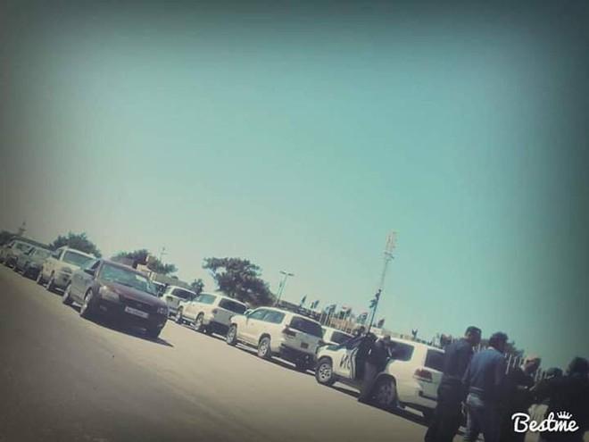CẬP NHẬT: Chiến sự Libya nóng rẫy - Sân bay duy nhất còn hoạt động ở Tripoli bị không kích - Chặt đứt cầu hàng không - Ảnh 2.