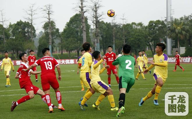 Đàn em Quang Hải nhận kết quả khó tin trước đội bóng nổi tiếng châu Âu
