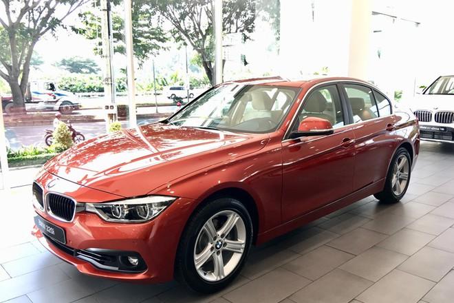 Tại sao hàng loạt mẫu xe ô tô hạng sang của BMW lại được giảm giá cả trăm triệu đồng? - Ảnh 2.