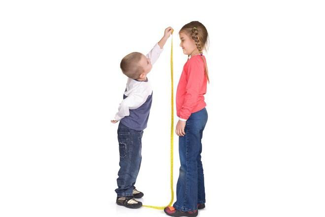 4 yếu tố quan trọng ảnh hưởng đến chiều cao của trẻ - các mẹ biết chưa? - Ảnh 1.