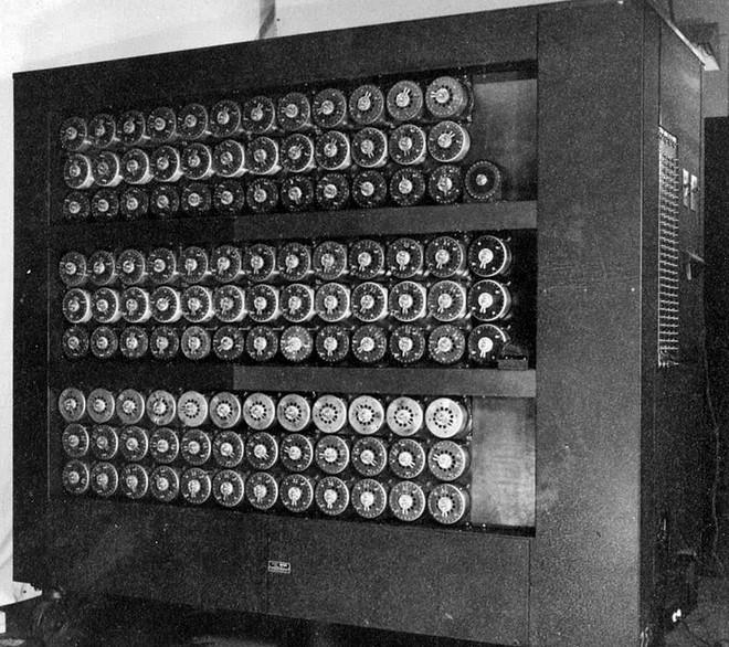 Bí mật Thế chiến: Thiên tài toán học bóc trần mật mã phát xít Đức giấu ở bản tin thời tiết - Ảnh 6.