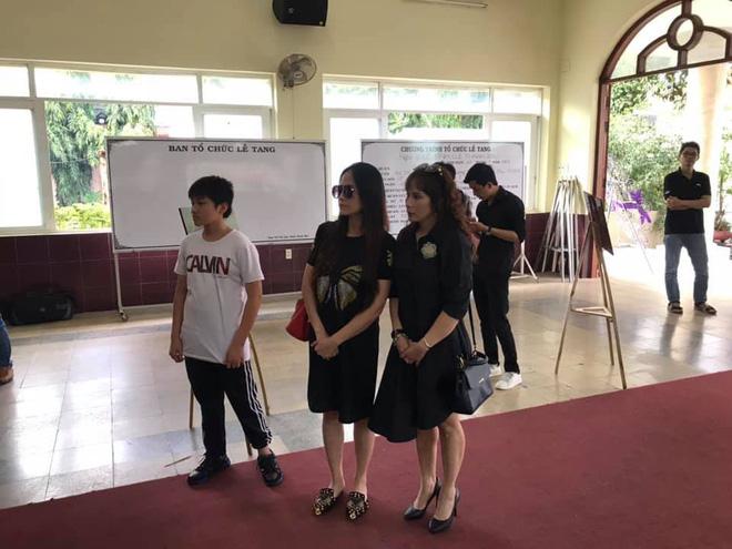 [CẬP NHẬT] Xúc động khi nghe con gái cố nghệ sĩ Lê Bình nói về khoản tiền chữa bệnh còn dư - Ảnh 3.