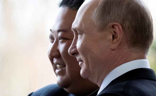 Tay bắt mặt mừng, nhưng Triều Tiên sẽ thất vọng với kế hoạch đưa ông Putin vào cuộc chơi?