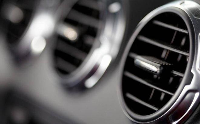 Nắng nóng: Có nên bật điều hoà hết nấc khi vừa lên ô tô?