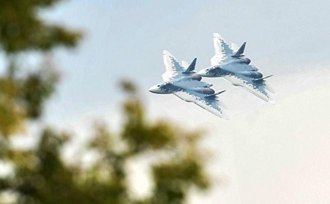 Báo Thổ Nhĩ Kỳ: Su-57 Nga hơn hẳn đống sắt vụn F-35 Mỹ - Chiến tranh cận kề rồi, mua thôi!