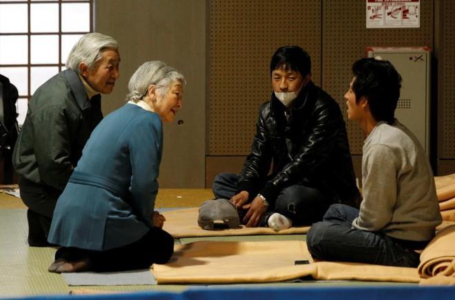 Nước Nhật mong đợi gì ở tân Nhật hoàng Naruhito thời đại Lệnh Hòa? - Ảnh 2.