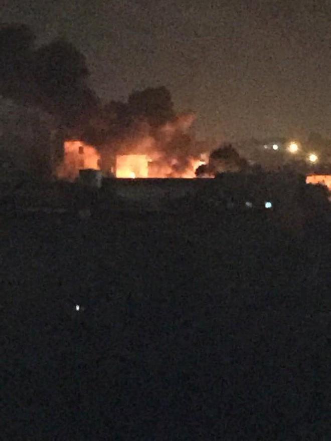 Giao tranh diễn ra ác liệt ở Tripoli, các bên tiếp tục tuyên bố chiến thắng - Ảnh 2.