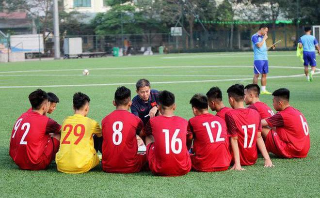 """HLV Phạm Minh Đức """"bắt mạch"""" lý do khiến U19 Việt Nam gặp bất lợi khi đối đầu Nhật Bản"""