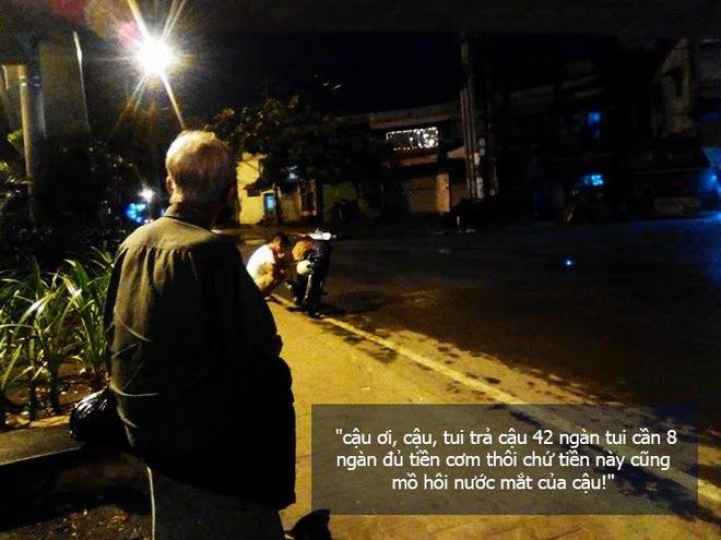 Người nhặt ve chai và 42 nghìn trong đêm mưa gió khiến chàng trai rưng rưng nước mắt - Ảnh 1.