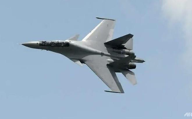 """Lấy dầu cọ đổi máy bay chiến đấu: Một lực lượng không quân mạnh ở ĐNÁ có thể bị """"bóp chết"""""""