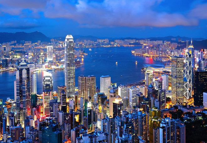 Cuộc sống của người đàn ông vô gia cư gốc Việt ở nơi nghèo nhất Hong Kong và sự tương phản nghiệt ngã của thành phố hoa lệ bậc nhất hành tinh - Ảnh 1.