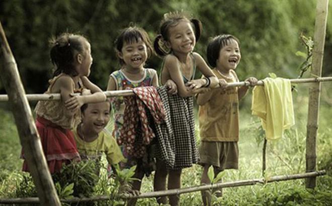 Việt Nam phong tục: Vì sao có kiểu đặt tên Lần - Thần, Nhăng - Nhố, Sung - Vả?