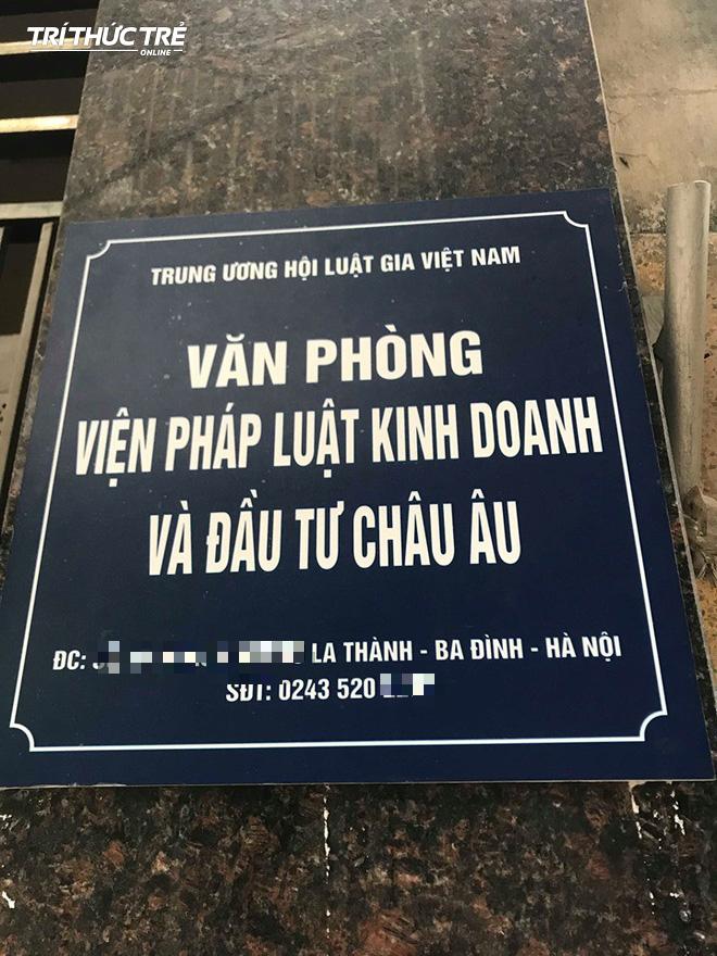 Thuộc cấp của ông Lê Hoàng Anh Tuấn cũng là nhà báo quốc tế, được trao bằng TS Danh dự? - Ảnh 2.