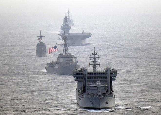 Hải quân Mỹ, Nhật, Ấn Độ và Philippines diễn tập trên Biển Đông thách thức yêu sách của Trung Quốc - Ảnh 4.