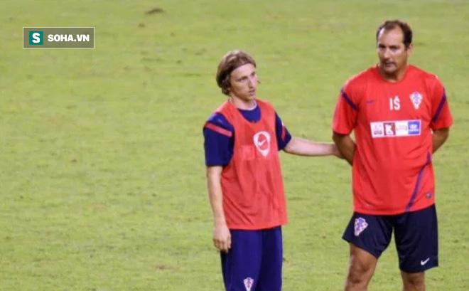 HLV Park Hang-seo có thể đối đầu thầy cũ của Modric ở King's Cup