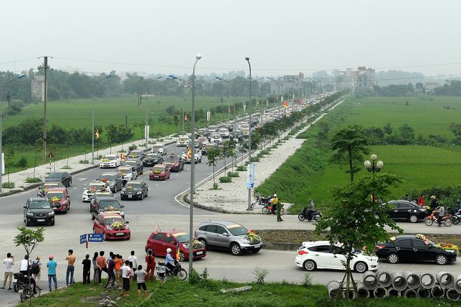 Hơn 400 xe hoa diễu hành rước Phật trước đại lễ Phật Đản Vesak - Ảnh 7.