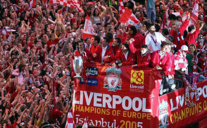 Chưa đá, Liverpool đã lên kế hoạch ăn mừng chức vô địch NHA và C1