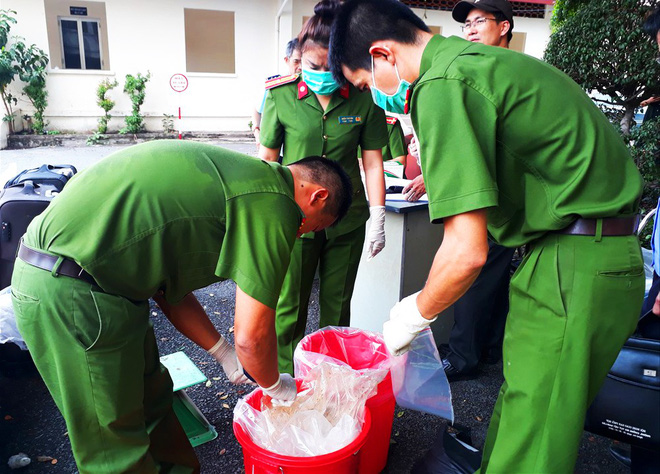 Hành trình triệt phá đường dây buôn nửa tấn ma túy đắt hơn vàng ở Sài Gòn - Ảnh 1.