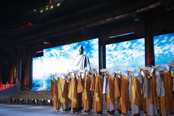 Đại lễ Phật Đản Vesak: Những tiết mục ẩn chứa các câu chuyện tôn giáo - Ảnh 2.