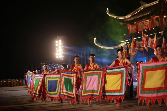 Đại lễ Phật Đản Vesak: Những tiết mục ẩn chứa các câu chuyện tôn giáo - Ảnh 3.