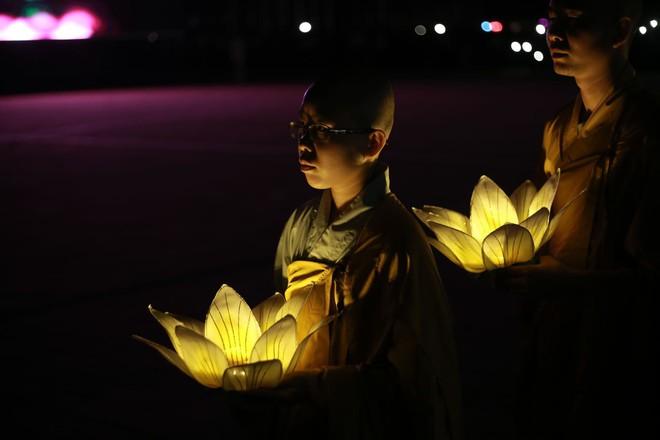 Đại lễ Phật Đản Vesak: Những tiết mục ẩn chứa các câu chuyện tôn giáo - Ảnh 6.