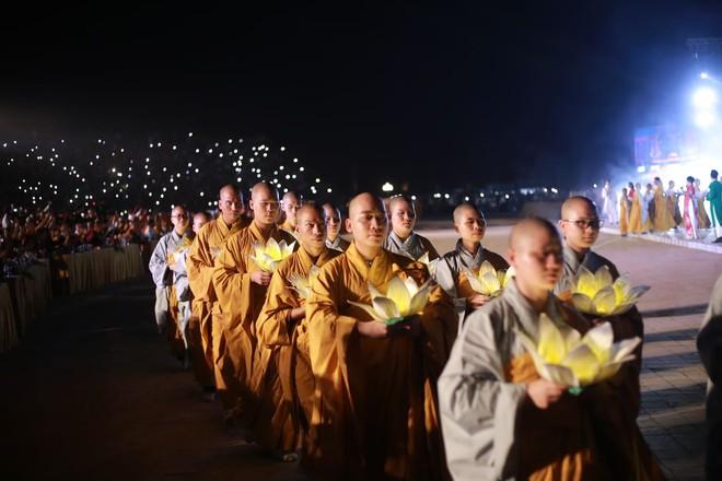 Đại lễ Phật Đản Vesak: Những tiết mục ẩn chứa các câu chuyện tôn giáo - Ảnh 10.