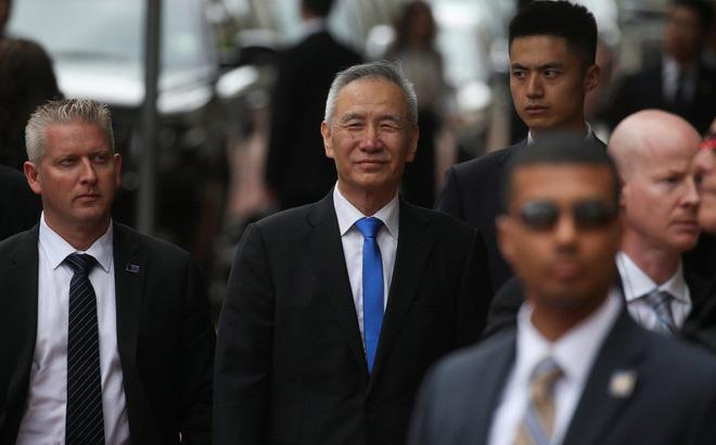"""Ông Lưu Hạc nói TQ ở tình thế """"bóng tối trước bình minh"""": Bắc Kinh ngoài miệng tự tin nhưng thâm tâm lại chột dạ?"""