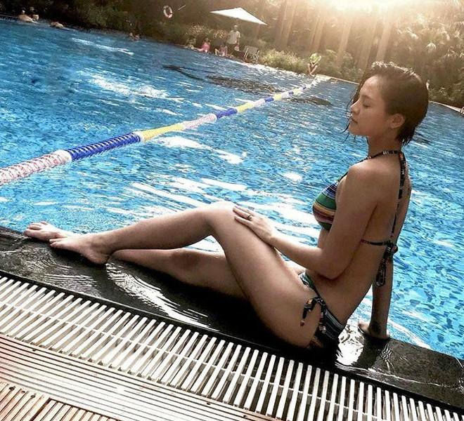 Dàn mỹ nhân Quỳnh búp bê đọ vẻ nóng bỏng với bikini - Ảnh 8.