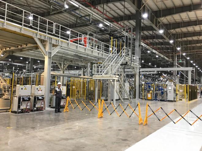 Đột nhập nhà máy sản xuất thân vỏ ô tô của VinFast - Ảnh 3.