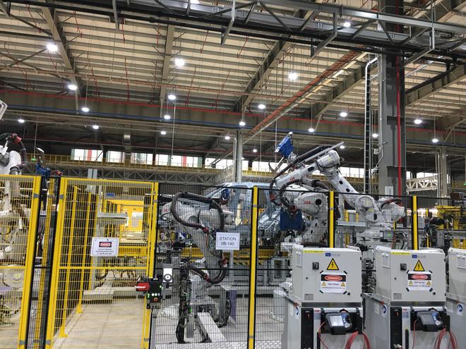 Đột nhập nhà máy sản xuất thân vỏ ô tô của VinFast - Ảnh 6.