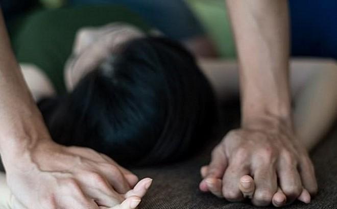 Thanh niên dụ cô gái 23 tuổi đi sinh nhật rồi…hiếp dâm