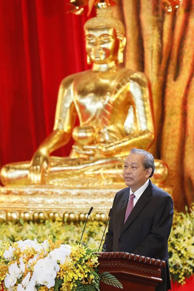 Gần nửa triệu lượt Phật tử và du khách ghé thăm chùa Tam Chúc trong 3 ngày Phật Đản - Ảnh 3.