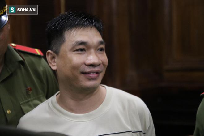 Ngọc Miu và Văn Kính Dương cười tươi khi nghe tòa tuyên trả hồ sơ, yêu cầu tháo 8 nút thắt - Ảnh 5.