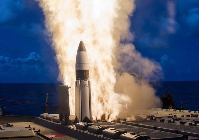 Mỹ phóng tên lửa 'sát thủ' đánh chặn ngoài tầng khí quyển thị uy trước Nga - Ảnh 6.