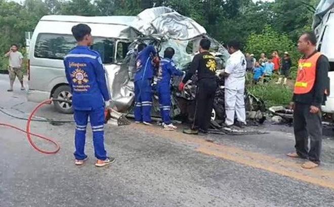 Bóng đá Thái Lan bất ngờ chìm trong tang tóc vì tai nạn thảm khốc
