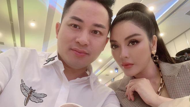 Lý Nhã Kỳ xin được làm bạn gái Tùng Dương trong 15 phút - Ảnh 4.