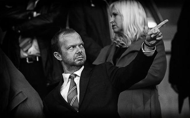 Kẻ thù số 1 của fan MU, Ed Woodward là ai?