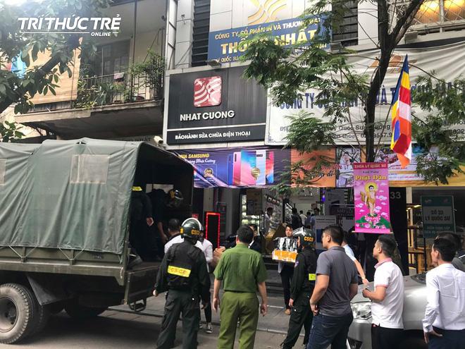 Mức án ông chủ Nhật Cường Mobile Bùi Quang Huy có thể đối diện sau khi bị khởi tố - Ảnh 2.