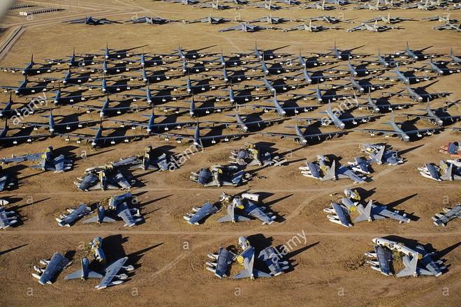 Iran giật mình khi Mỹ gọi tái ngũ pháo đài bay B-52 từ căn cứ Davis-Monthan - Ảnh 5.