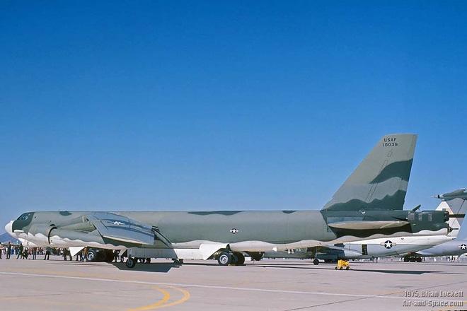 Iran giật mình khi Mỹ gọi tái ngũ pháo đài bay B-52 từ căn cứ Davis-Monthan - Ảnh 8.