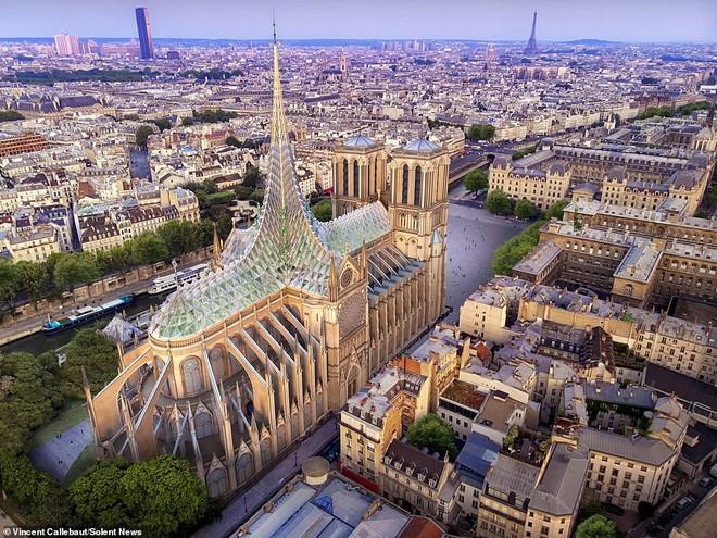Kiến trúc sư đề xuất xây bể bơi trên nóc nhà thờ Đức Bà Paris - Ảnh 2.