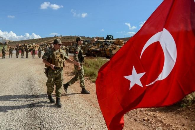 Chiến sự Syria: Hỏa lực bắn phá thỏa thuận Idlib, tình duyên Nga-Thổ có chắc bền lâu? - Ảnh 3.