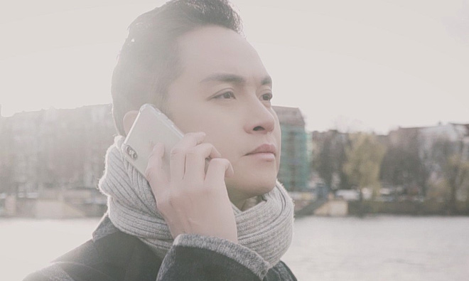 Quay MV mới tại Đức, Nhật Tinh Anh: Môi tôi tím tái, người run lẩy bẩy vì trời lạnh - Ảnh 1.