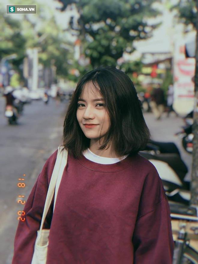 Chỉ bằng tấm ảnh chụp trộm ở Vũng Tàu, cô gái mặc áo hai dây được dân mạng tìm kiếm mấy ngày - Ảnh 3.