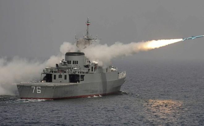 """""""Syria đã khó nhằn, Iran còn khó nhằn hơn"""": Đây là lý do Mỹ không dám tấn công Iran"""