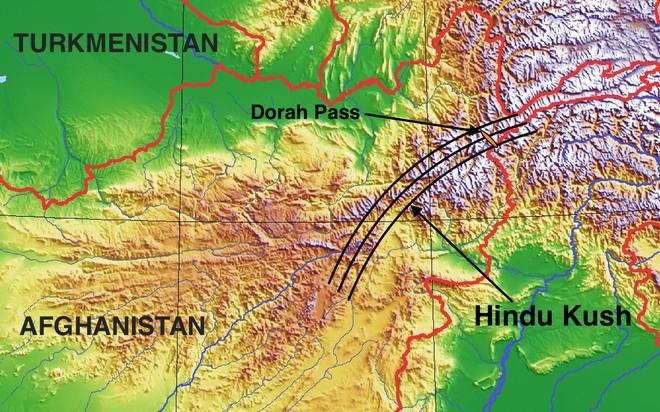 Đây là quả bom hẹn giờ khổng lồ dưới ngọn núi châu Á, gây ra hàng trăm trận động đất - Ảnh 3.