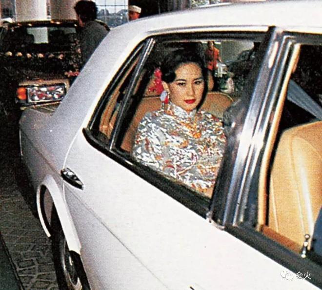 Hà Siêu Quỳnh: Ái nữ phản nghịch của gia tộc trùm sòng bạc Macau và 2 cuộc hôn nhân ngàn tỷ tan vỡ - Ảnh 16.
