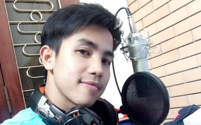 """Chàng trai """"hóm"""" nhất làng BLV bóng đá Việt: Phải biết """"bơ"""" đi để làm nghề!"""