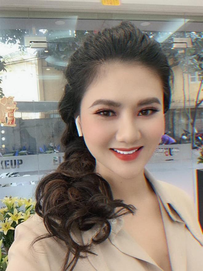 Từ 1 cảnh đánh con chồng, người đẹp Quảng Ninh bị người lạ khủng bố facebook, doạ đánh, chửi rủa - Ảnh 5.