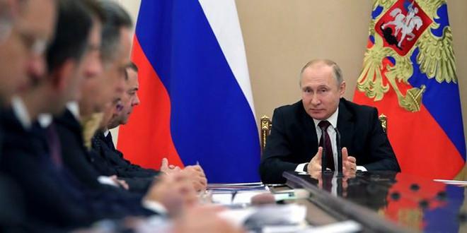 Ông Putin khen ngợi vũ khí laser bí ẩn của Nga - Ảnh 1.